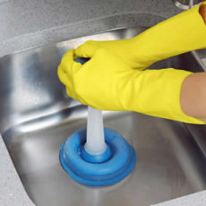 Como evitar entupir a pia da cozinha?
