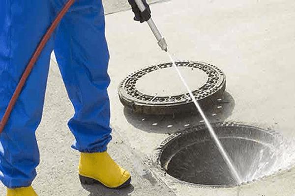 Como funciona o serviço de hidrojateamento?