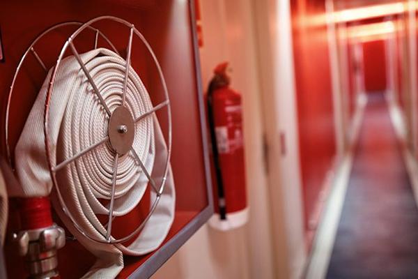 Saiba como funciona o sistema de alarme de incêndio